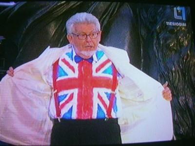 ...transliuoja Jungtinės Karalystės patriotinį koncertą