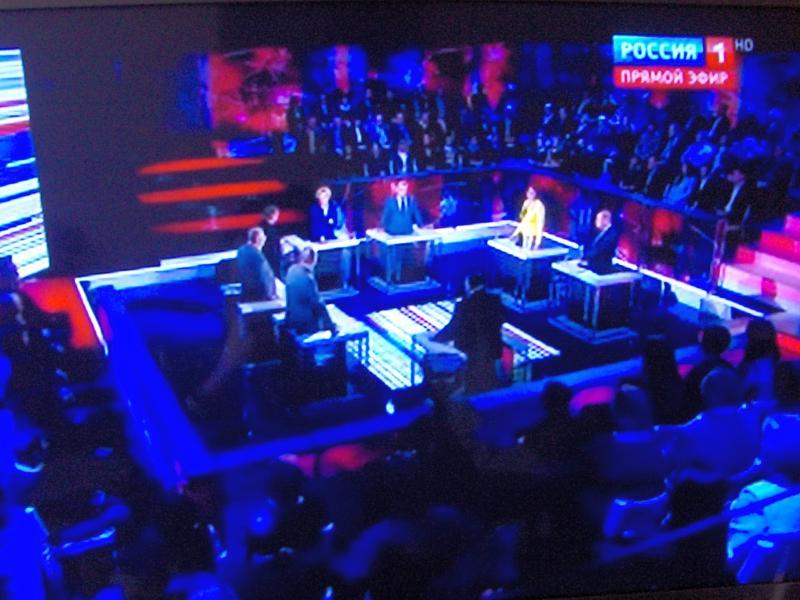 buvo ir Vladimir Žironovskij; iš pradžių nelabai supratau kodėl jis kreipėsi į kaimyninės šalies atstovą
